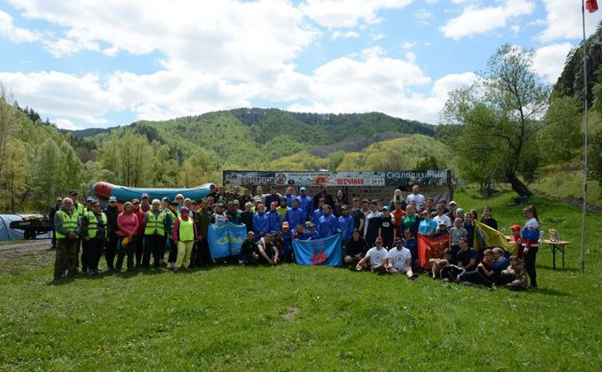 Лучшими туристами Сибири стали школьники Искитимского района