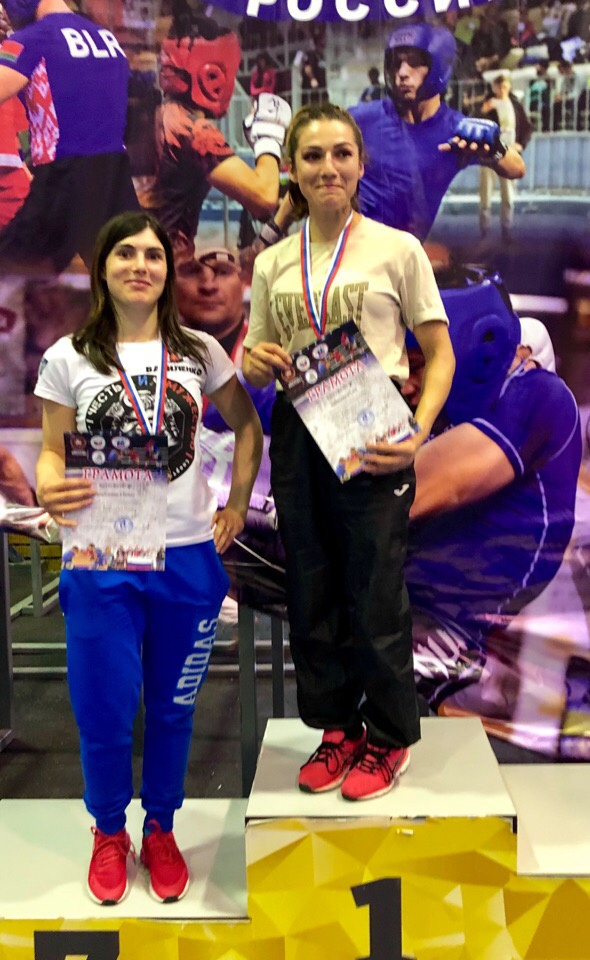 Выборжанка Юлия Борисова стала победительницей Всероссийского турнира по панкратиону