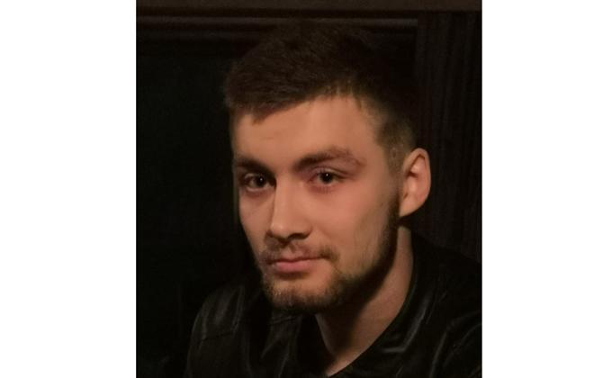 18-летний красавец подался в гангстеры