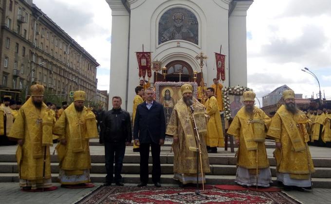 Крестный ход в честь Дня славянской культуры и письменности прошел в Новосибирске