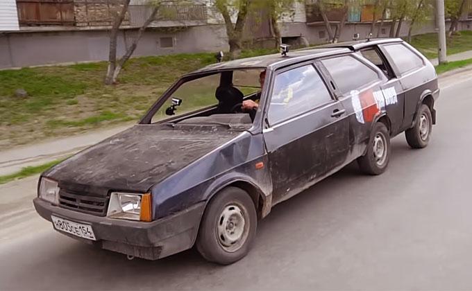 На лимузине из двух «восьмерок» выехал в Новосибирск «Гараж 54»