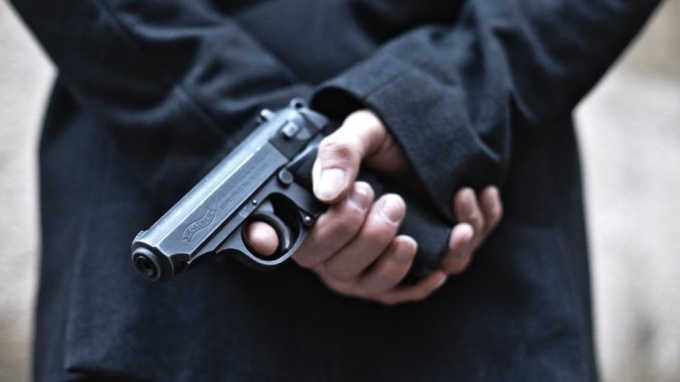 На Выборгском шоссе неизвестные стреляли в пьяного петербуржца