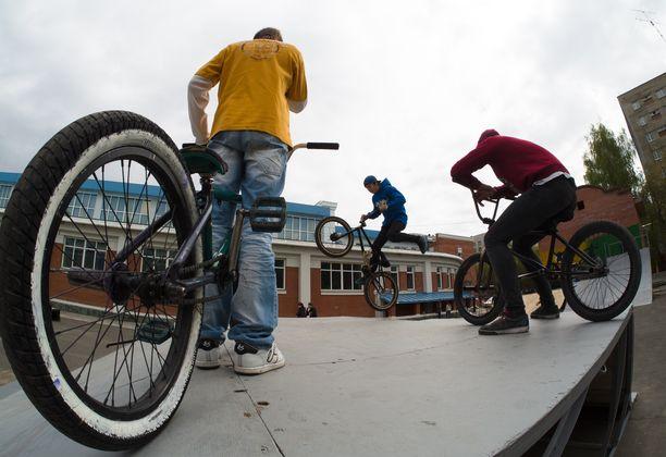 Любители чужих велосипедов задержаны в Новосибирске