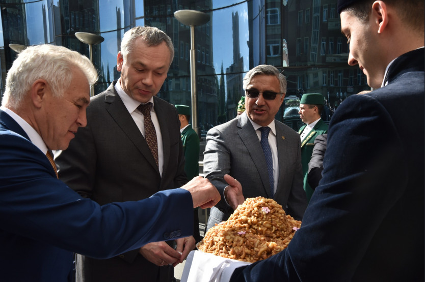 Губернатор Андрей Травников: Сабантуй – это общий праздник для всех новосибирцев