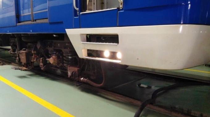 В метро Петербурга раскрыли секрет работы автоматических дверей